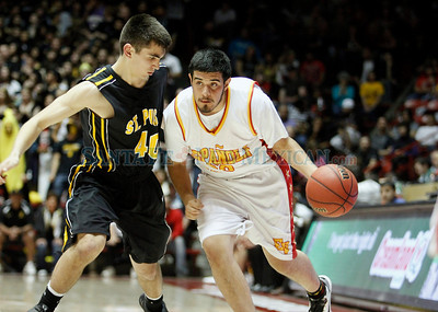 Española Valley High School vs St. Pius High School during the state boys basketball tournament at the Pit in Albuquerque, N.M. on Mar. 10, 2011. Natalie Guillén/The New Mexican
