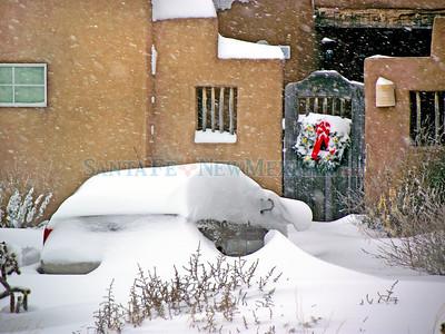 Eldorado winter scenes of Friday, December 17, 2010. Clyde Mueller/The New Mexicant