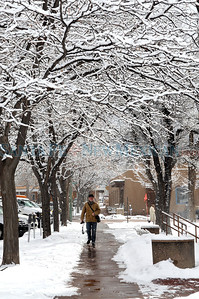 Winter scene from near the Santa Fe Plaza. Clyde Mueller/The New Mexican